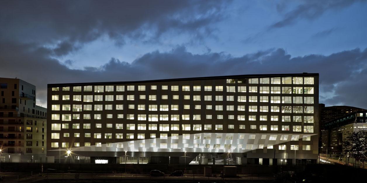 La Factory - Boulogne-Billancourt, Paris - Mateo Arquitectura - nuit
