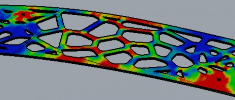 Analyse par éléments finis d'une plaque d'acier - efforts Von Mises. Von Mises stress by finite element analysis of a steel plate.