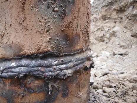 Soudure de mauvaise qualité. Poor quality welding.